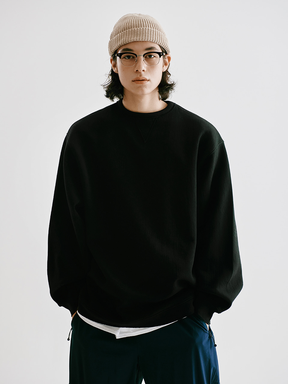 [FW20 Sounds Life] Cut & Tucked Sweatshirt(Black) STEREO-SHOP